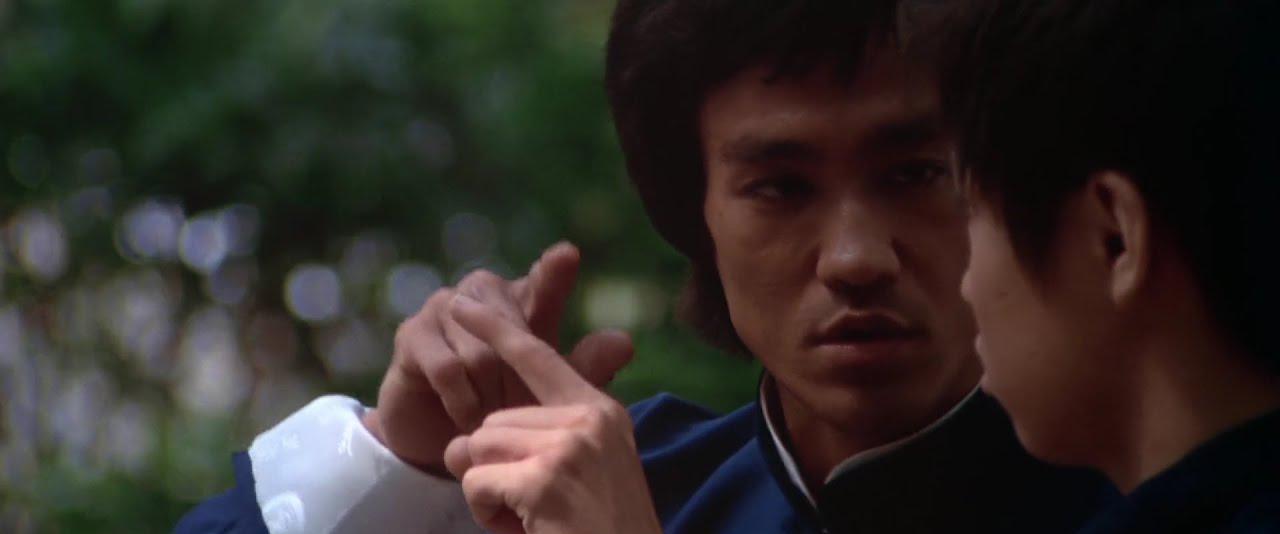 Bruce Lee - It is like a finger